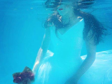 Underwater Bride, Wedding Dress, Bride, Dress, Water