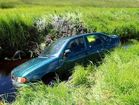 Car Accident, Accident, Dig, Slipped Off, Wreck, Dare
