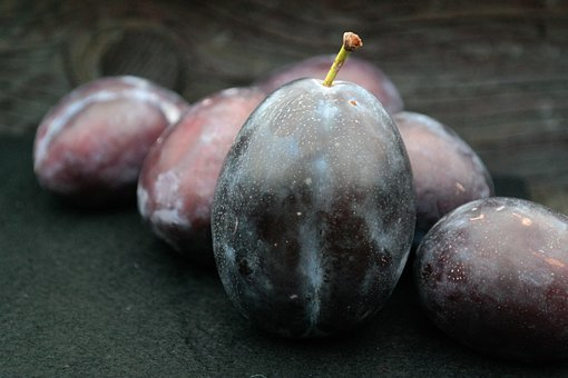 Real Plums, Plums, Large, Huge, Fruit