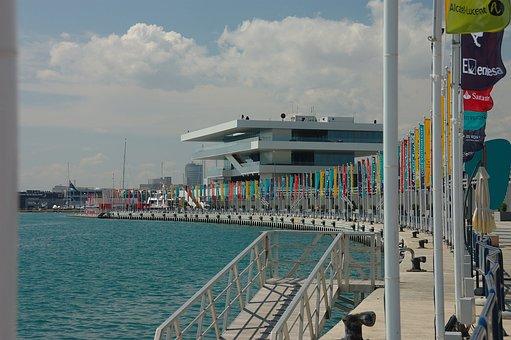 America's Cup, Valencia, Port America's Cup