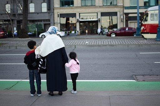 Family, Street, Woman, Children, Muslims, Refugees