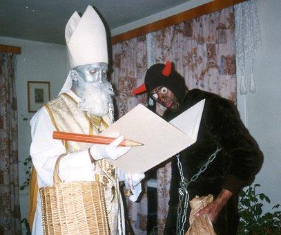 Mikuláš, Devil, Christmas