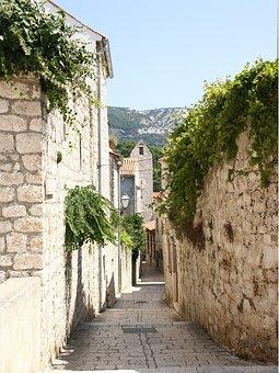 Island Pak, Alley, Croatia, Istria, Enge, Away
