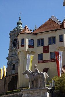Basilica, Statue, Decorated, Flag, Procession