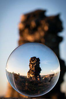 Glass Ball, Devil's Wall, Resin, Königstein