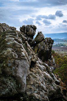 Rock, Devil's Wall, Mountains, Stone Formation, Cliff