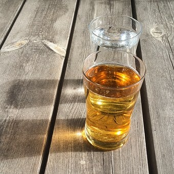Glasses, Drinks, Picnic Table, Wood Table, Water