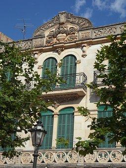 Llucmajor, Art Nouveau, Facade, Bowever, Housewife