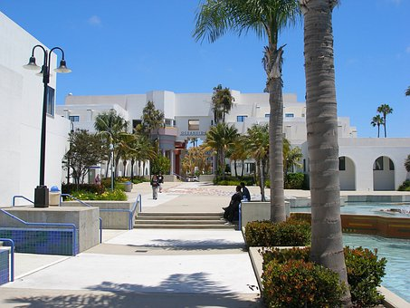 Oceanside, California, Civic Center, Buildings