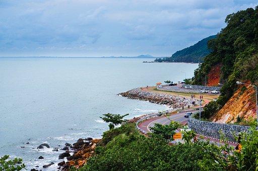 Noen Nang Phaya, Chanthaburi, The Basic Dramatic Beach
