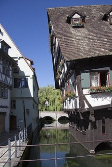 Ulm, Crooked House, Hotel, City, City View, Old Town