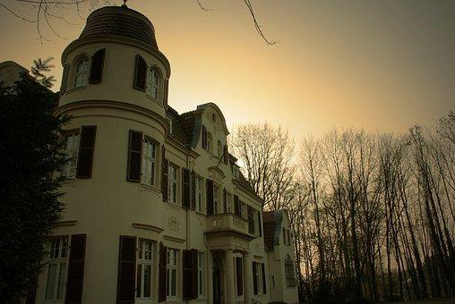 Villa, Bayer-villa, Places Of Interest, Structures