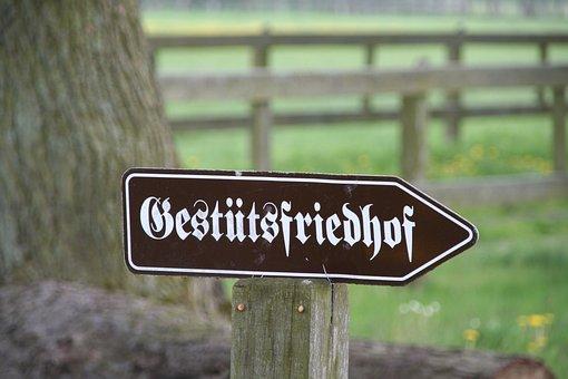 Stud Farm Cemetery, Shield, Note, Stud Neustadt Dosse