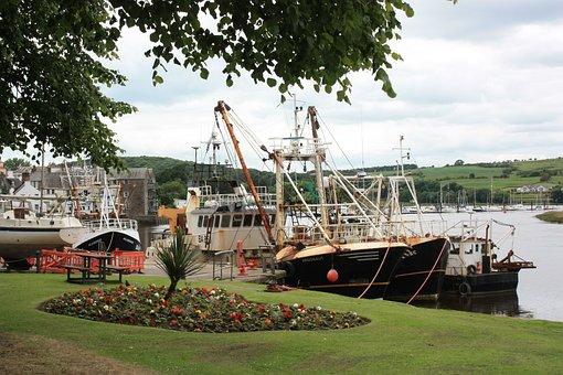 Boat, Fishing, Metal, Hull, Masts, Vessel, Beach, Sky