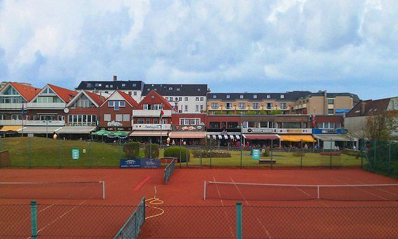 Borkum, Commercial Street, Tennis Court, Shopping Spree