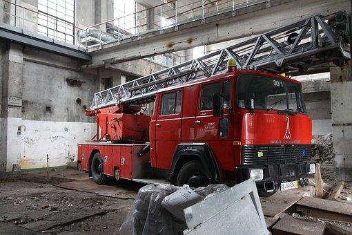 Fire Truck, Red, Warehouse, Deutz Magarius, Hall