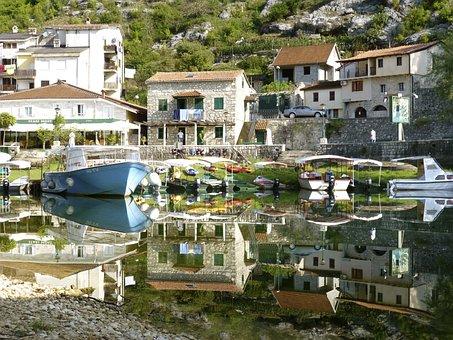 Montenegro, Rijeka, Crnojevica