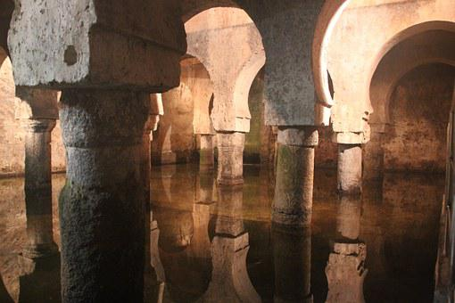Cáceres, Cistern, Water, Reflection