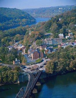 Harpers Ferry, West Virginia, Town, Buildings