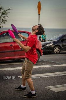 Juggler, Juggling, Street Artist, Traffic Light