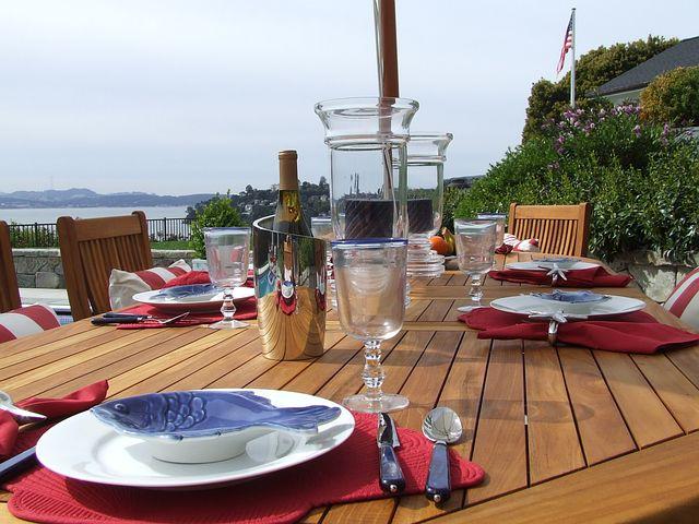 Outdoor Dining, Luxury, Table Setting, Teak Dining