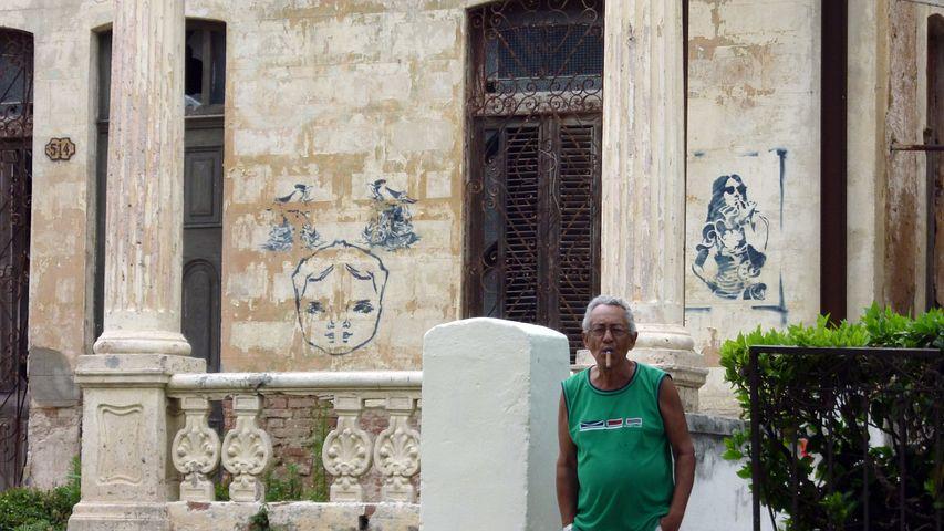 Street Art, Graffiti, Street, Urban, Man, Cigar, Cuba