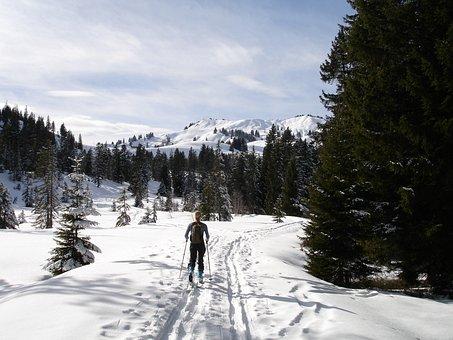 Backcountry Skiiing, Skitouren Predecessor, Diolkos
