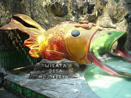 Sculpture, Gold Fish, Frog Ijo, Outdoor, Swimming, Tour