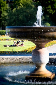 Munich, Courtyard Garden, Summer, Water, Fountain