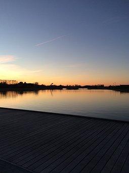 Kumla Sjöpark, Sweden, Nature, Water, Lake, Sunset