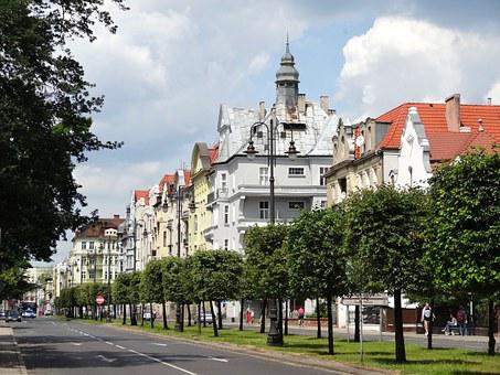 Mickiewicza Street, Bydgoszcz, Building, Facade