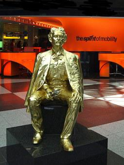 Airport, Munich, Germany, Bavaria, Golden, Statue