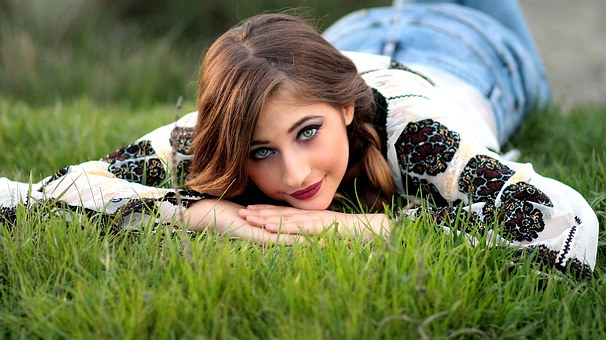 Girl, Rustic, Grass, Meadow, Green, Traditional