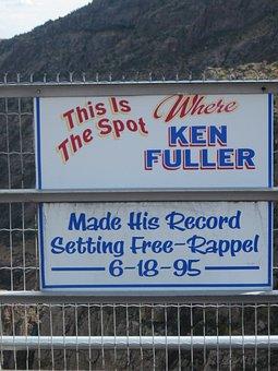 Sign, Royal Gorge Bridge Park, Colorado, Bridge