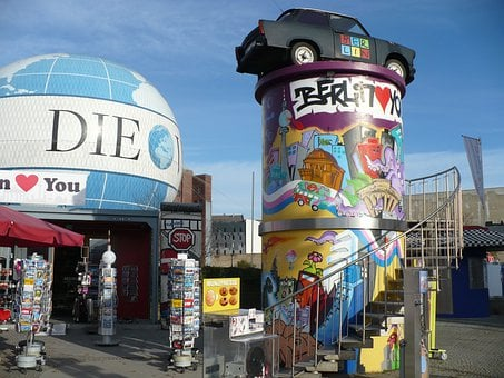 Hotels In Berlin, Graffiti, Trabant, Car, Antique Car
