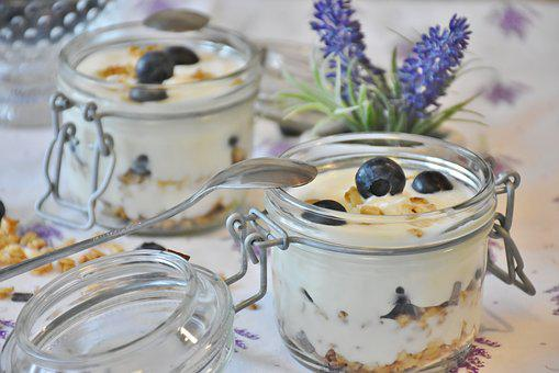 Yogurt, Berries, Blueberries, Dessert, Milk, Food