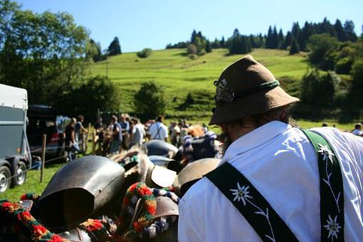 Allgäu, Bavaria, Customs, Tradition, Costume, Cow Bells