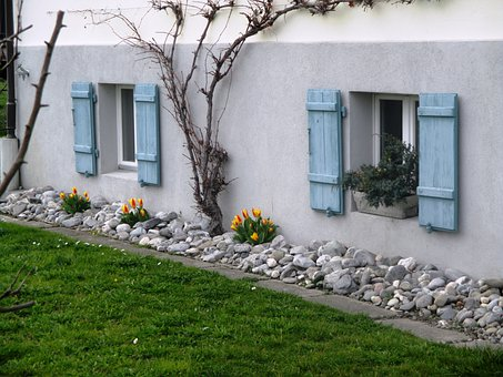 Idyll, Part Of The House, Stone Discounts, Tulips