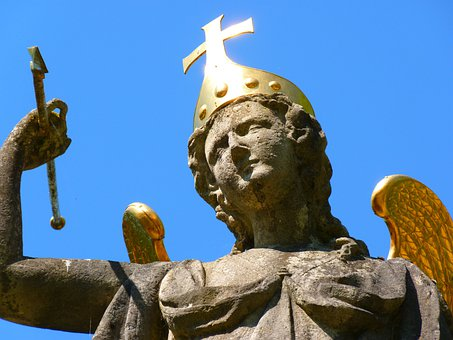 Michael's Fountain, Neresheim, Fig, Gold, Shine