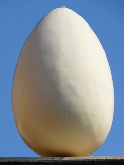 Egg, Museum, Dalí, Figueras, Spain