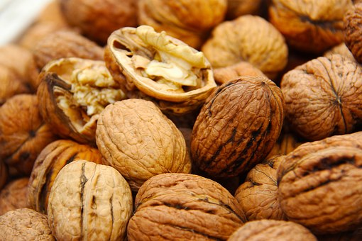 Walnuts, Fresh, Shell, Yummy, Seeds, Market