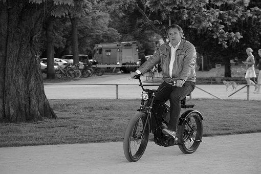 Hamburg, Alster, Bike, Extrovert, Outer Alster