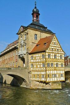 Bamberg, Town Hall, City View Rottmeister Cottage