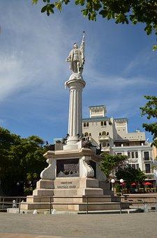 San Juan, Puerto Rico, Colon Statue
