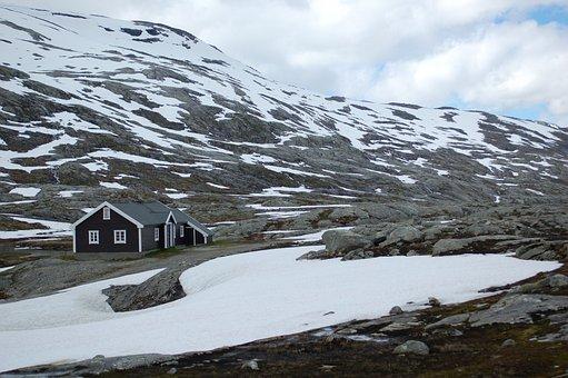 Olden, Small Hut, Lodge