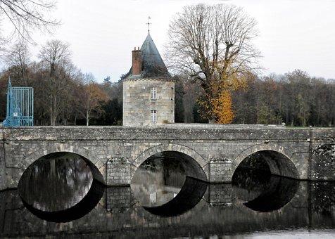 Castle Of Sully-sur-loire, Bridge, Stone Arch, Moat