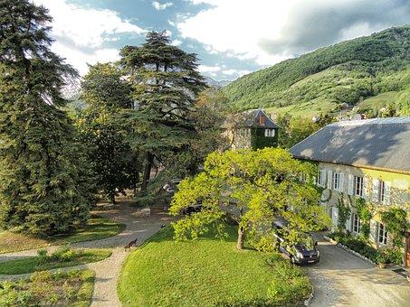 Challes-les-eaux, France, Mansion, Castle, Architecture