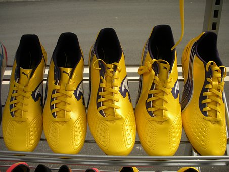 Exhibition Shelf, Running Shoes, Yellow, Lack, Sport