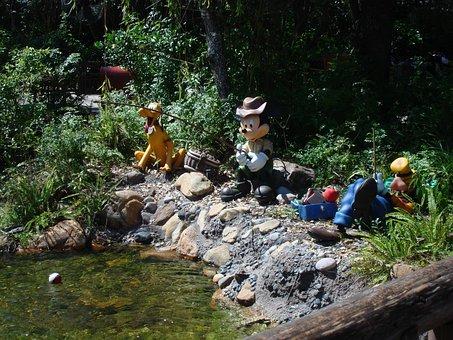 Fishing, Disney World, Mickey, Minnie, Goofey