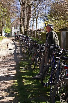 Bikes, Fence, Outdoor Activity, Maria Brunn, Germany
